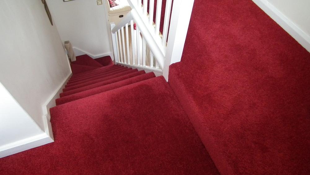 LJ Flooring: 100% Feedback, Carpet Fitter, Flooring Fitter in Wellingborough