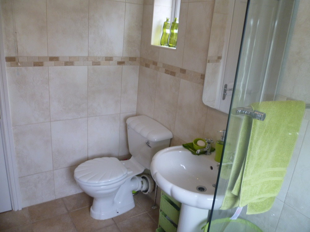 Blaby plastering services 100 feedback plasterer in for Bathroom builders leicester