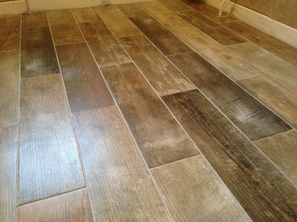 Ceramic floor tiles wood effect