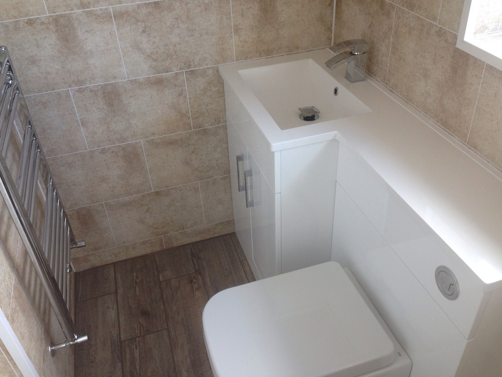 Dg plumbingheating 100 feedback heating engineer for Bathroom cladding sunderland
