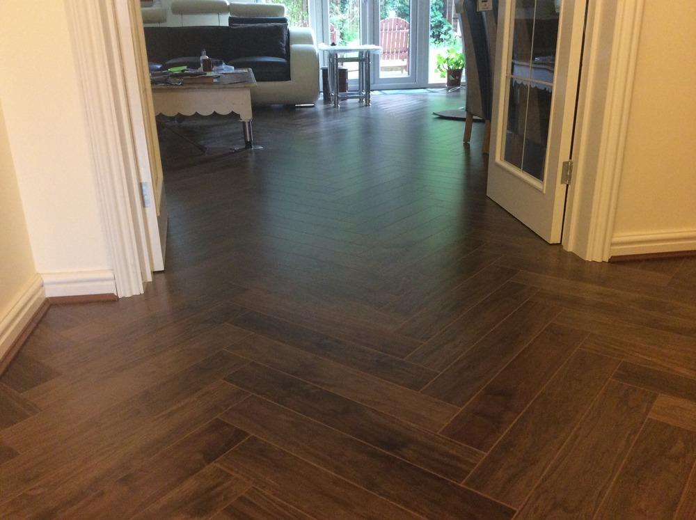 N g elwes carpentry 100 feedback kitchen fitter for Sherlock laminate flooring