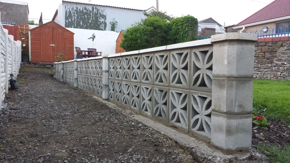 Rj home improvements 100 feedback bricklayer plasterer for Decorative block wall designs