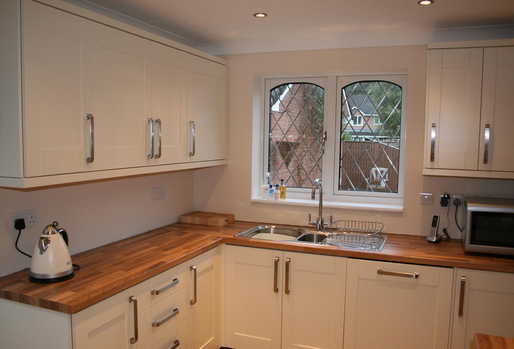 Southwood home improvements ltd 100 feedback bathroom for Wood effect kitchen units