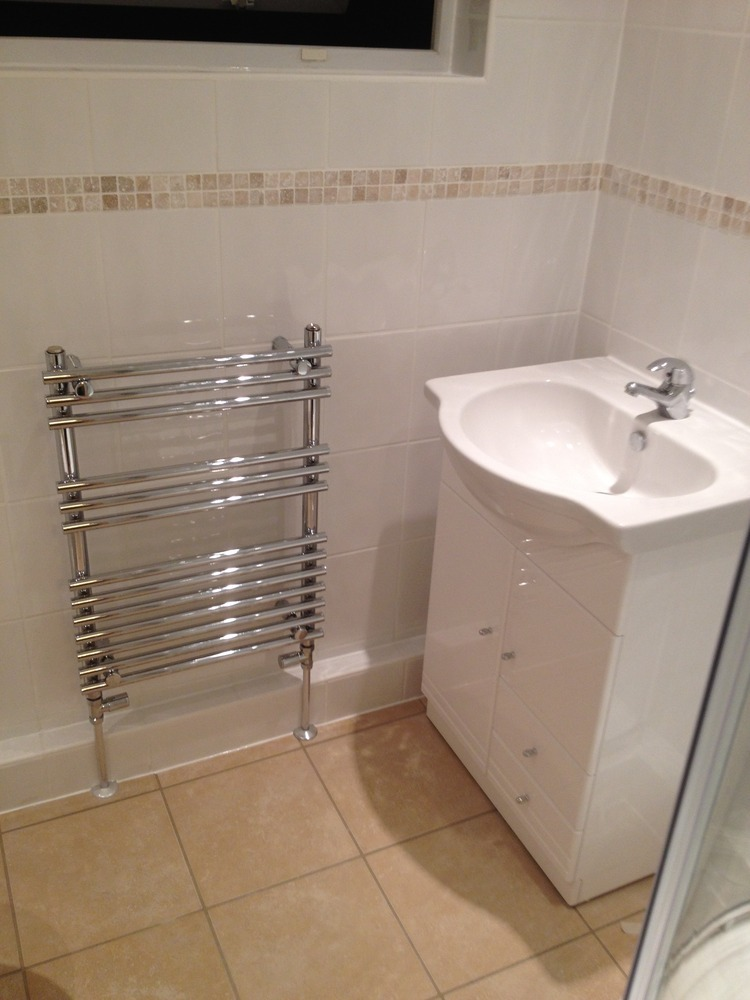 Total Bathrooms 100 Feedback Bathroom Fitter In Saffron