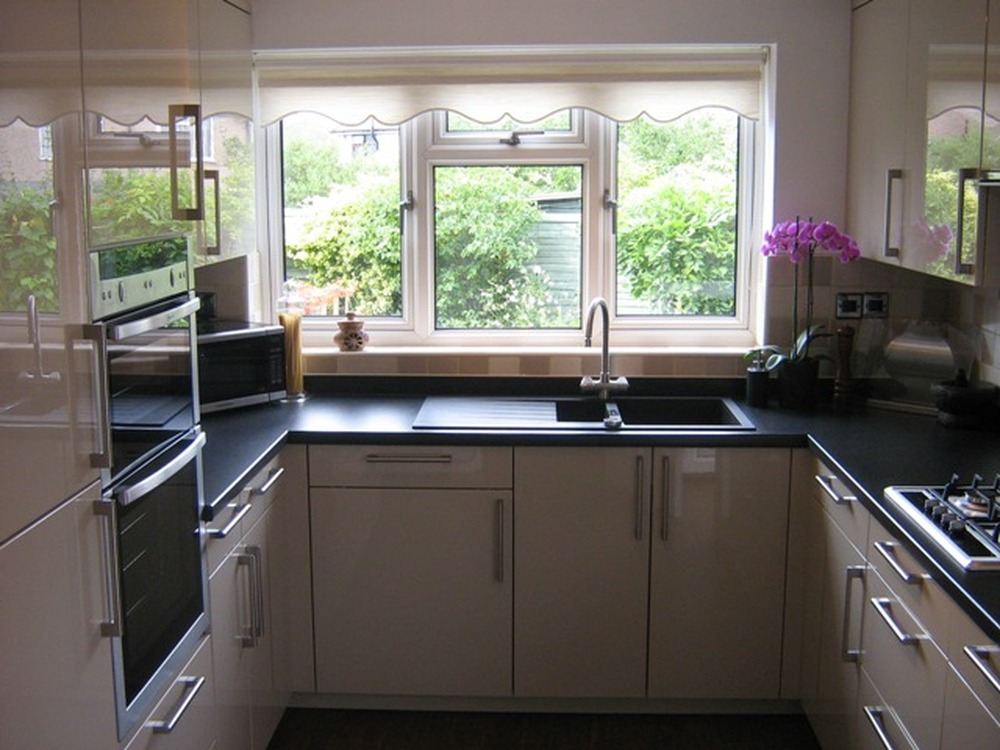 1st4m 100 feedback kitchen fitter in orpington for High gloss kitchen units