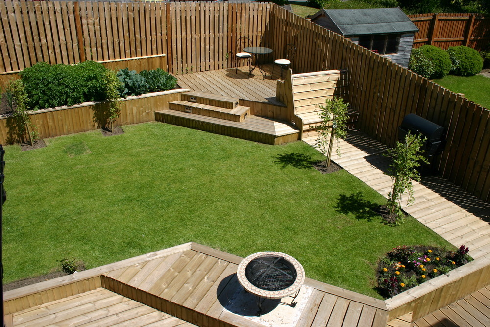 In detail joinery ltd 100 feedback carpenter joiner for Garden design decking areas