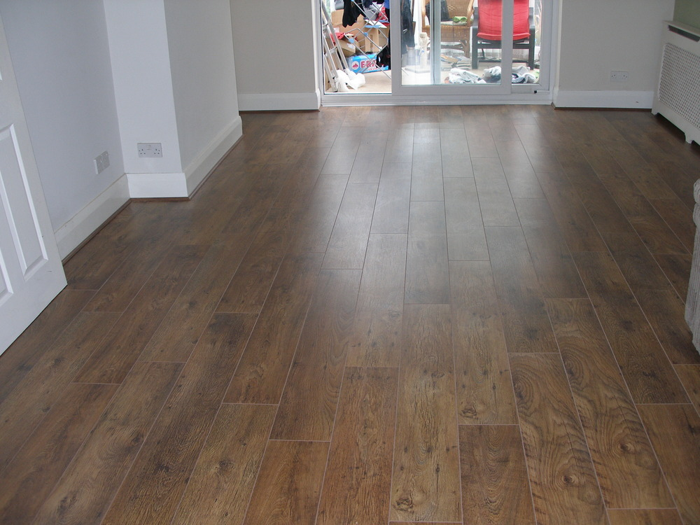 Laminate flooring laminate flooring living room dining room for Best laminate flooring for bedrooms