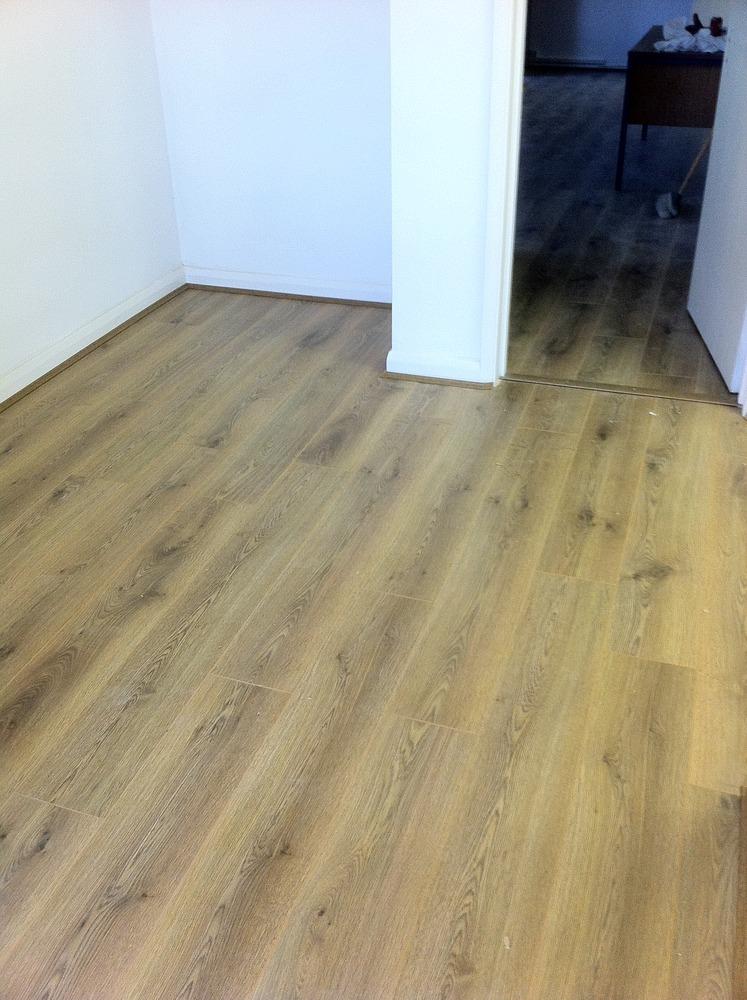 Vinyl flooring cheap vinyl flooring online lino flooring for Cheap vinyl flooring