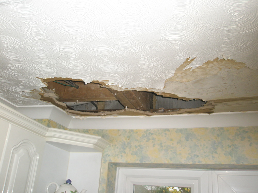 Repair Ceiling 4x11ft Replace Coving And Artex Ceiling