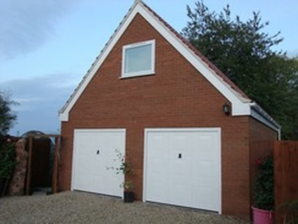Lynnrose building services 88 feedback bricklayer for Double garage with room above plans
