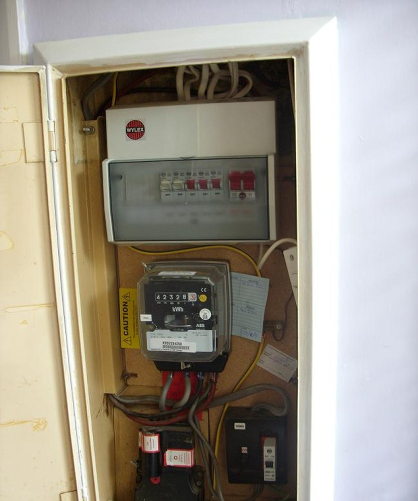 Fuse Box Energy Monitor Wire Data Schema Power City Replace 2 Tails Running From Meter To Drink Logo