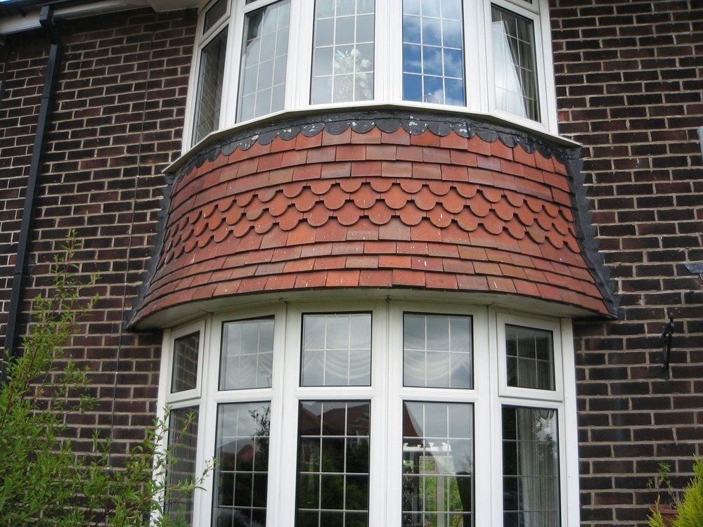 Tiles bay window rebattened new tiles fitted tiling for 1930s bay window construction