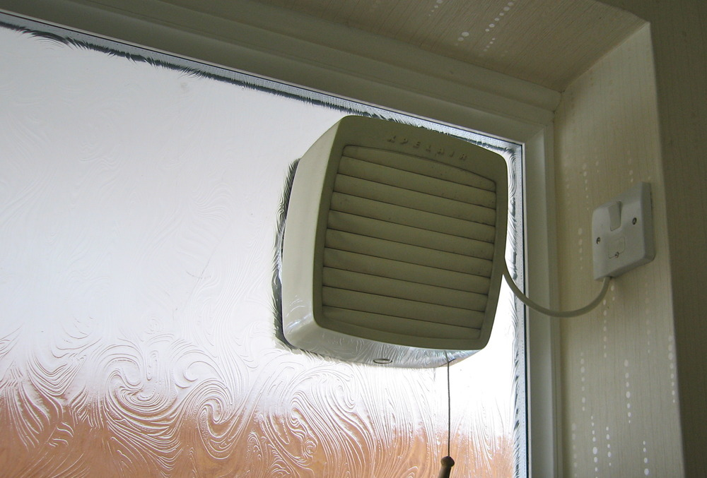 fit extractor fan into bathroom window bathroom