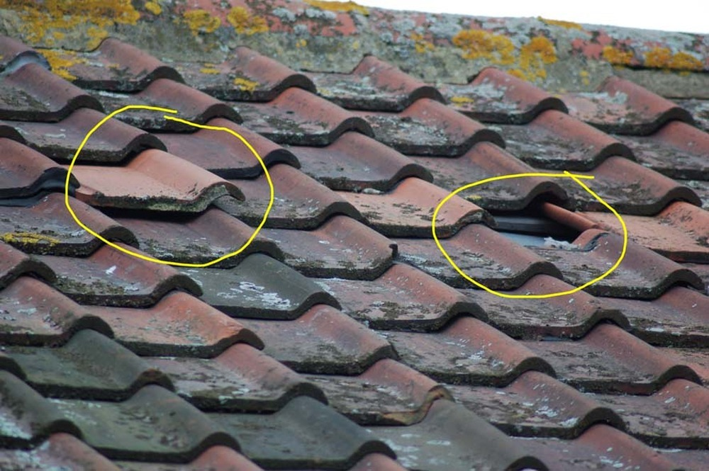 Missing and Loose Roof Tiles - Roofing job in Newcastle ...