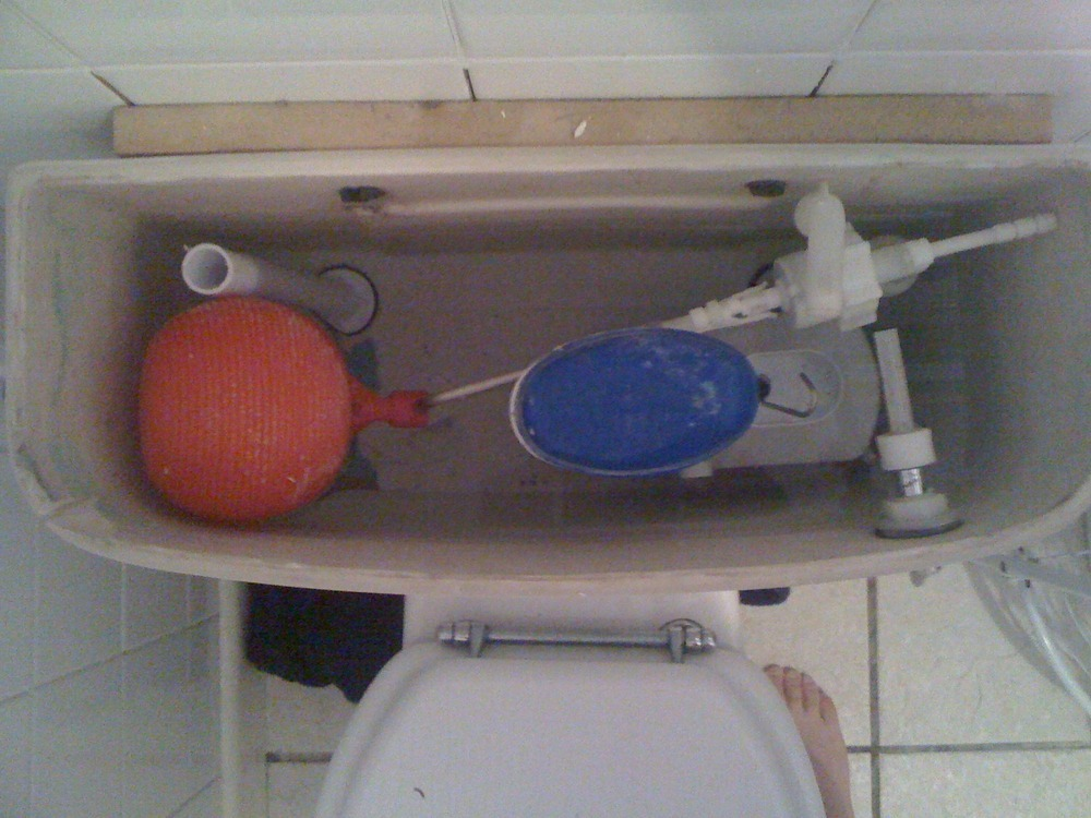 Supply And Replace A Toilet Cistern Plumbing Job In