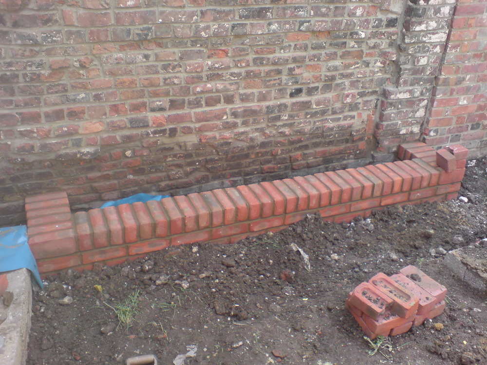 Wjl building services 100 feedback bricklayer for Building a small garden wall