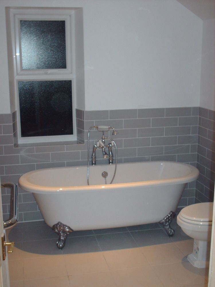 Amwell Property Services 100 Feedback Bathroom Fitter