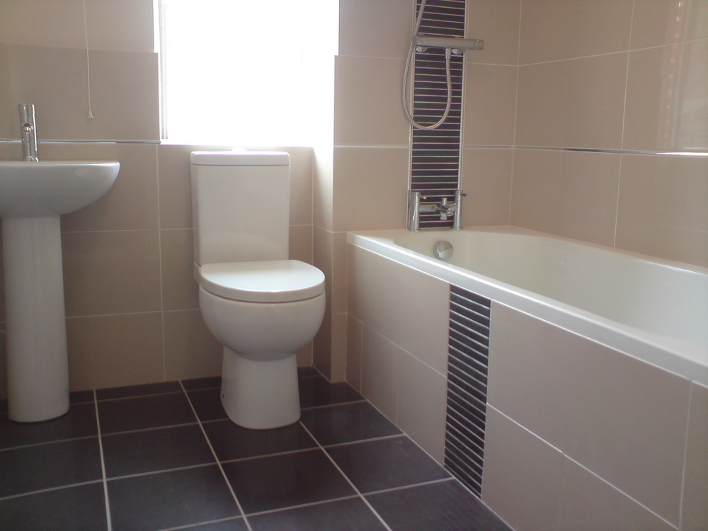 Jss installations bathroom fitter plumber tiler in for Bathroom design northampton