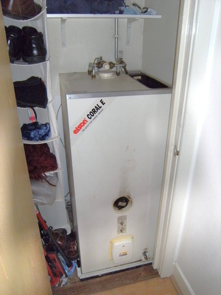 Replacement Of Elson Coral E Hot Water Thermal Store