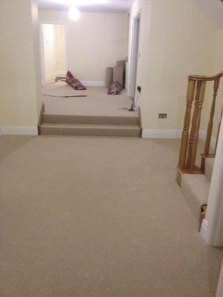 Kw flooring 100 feedback carpet fitter in st helens for Cheap lino flooring and fitting