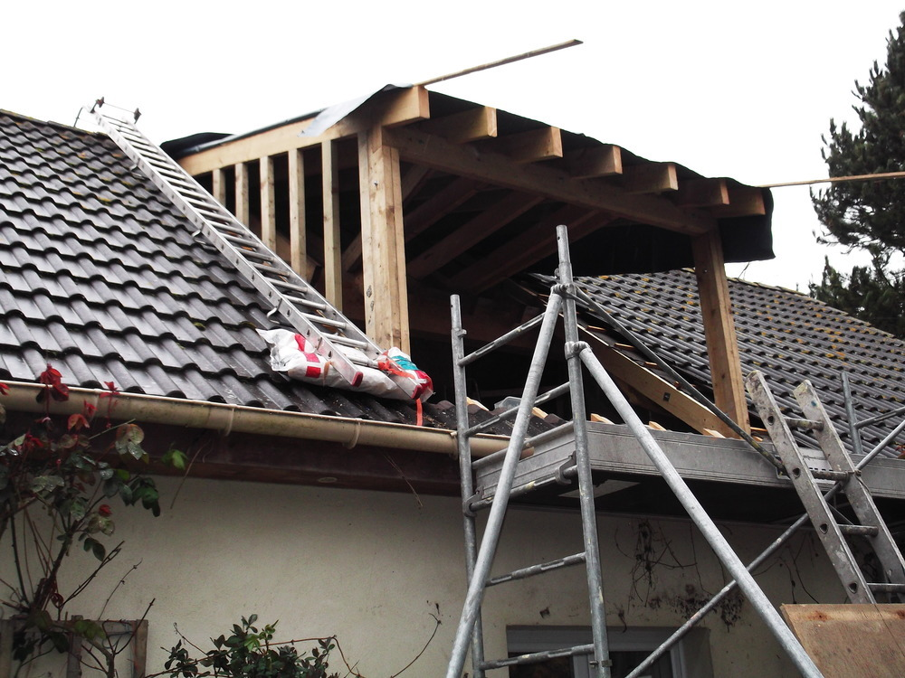 Hugh pursey building maintenance 100 feedback roofer for House roof construction
