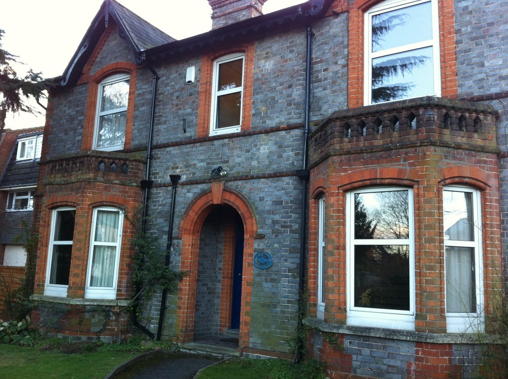 Pointing Brickwork Cleaning Of Victorian House