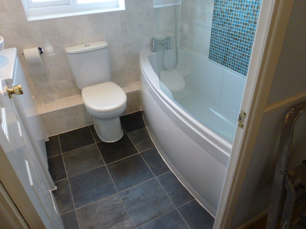 Tranquility bathrooms 100 feedback bathroom fitter for Model bathrooms pictures