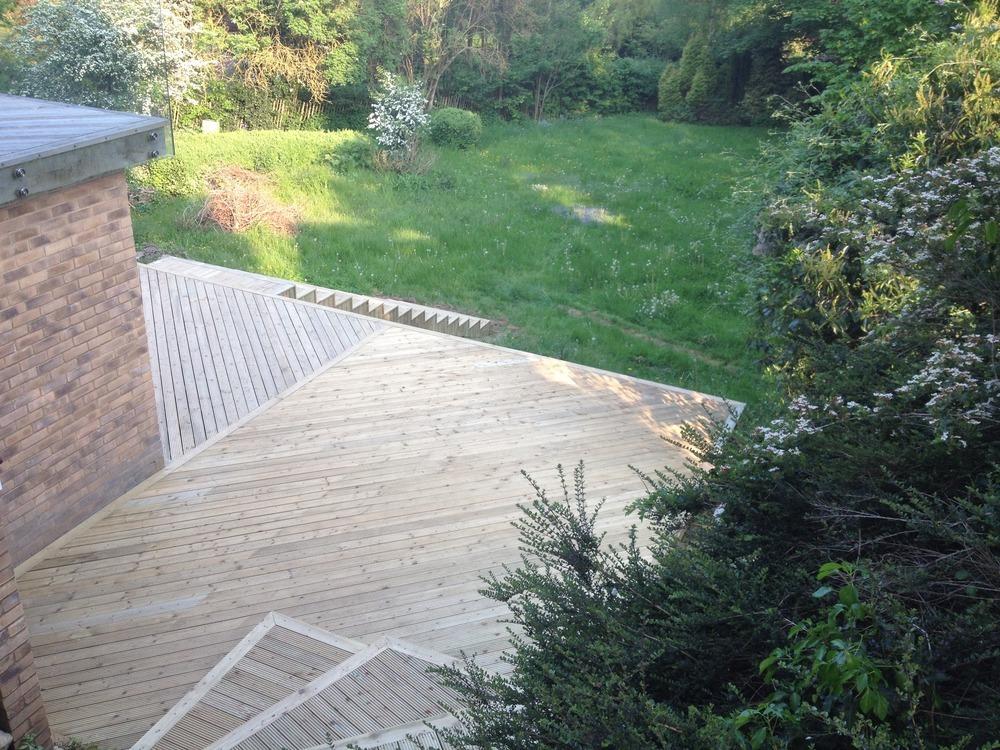 Cim property services 100 feedback carpenter joiner for Garden decking framework
