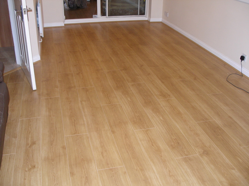 Laminate flooring installed laminate flooring pictures for Which laminate flooring