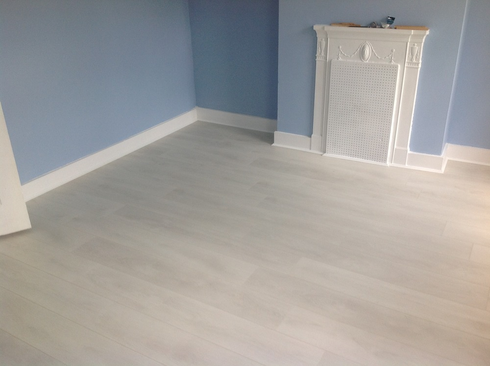 Jr floors 100 feedback carpet fitter flooring fitter for White laminate flooring