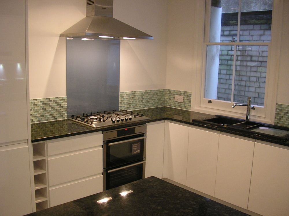Kitchen Tiles B Amp