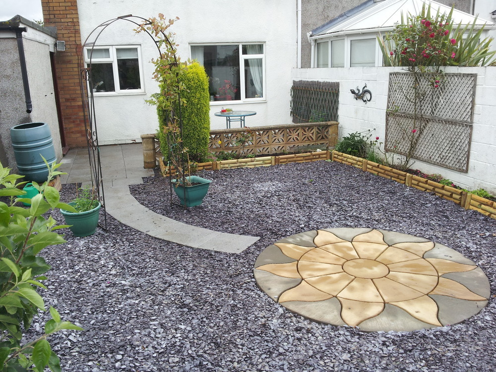 L d plastering and property development 100 feedback for Low maintenance gardens ideas on a budget