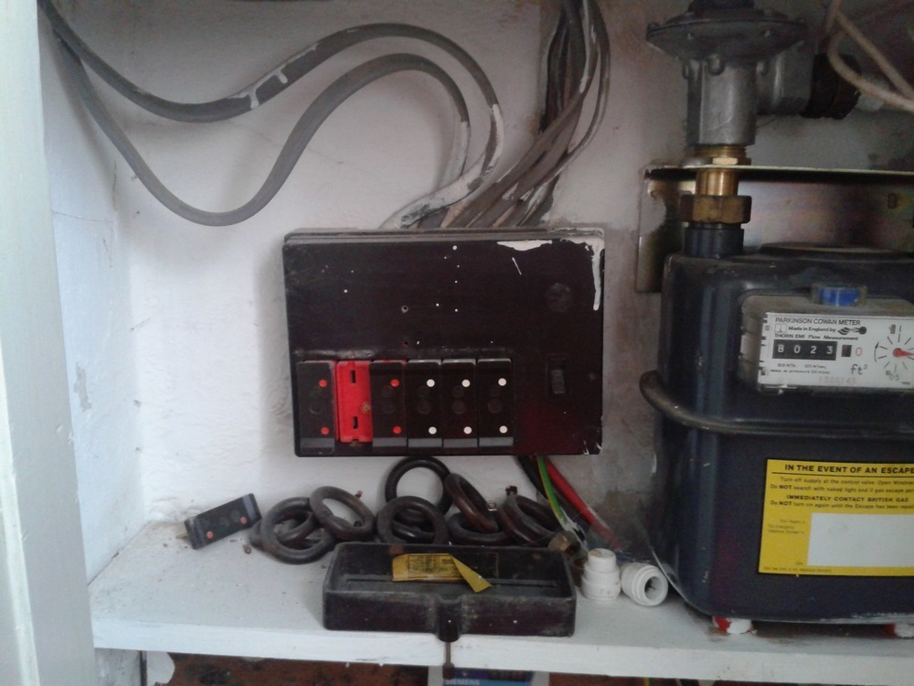 Upgrade Old-style Fuse Box - Electrical Job In Cardiff  South Glamorgan