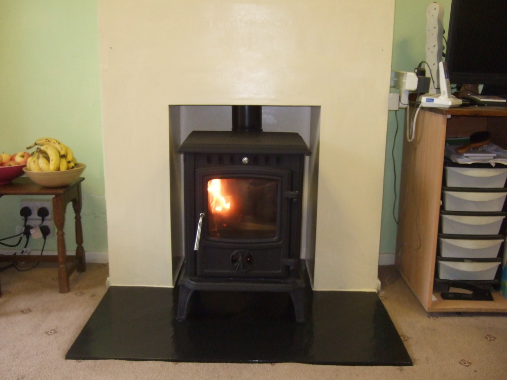 Woodburnerinstall 83 feedback chimney fireplace for Tiled chimney breast images