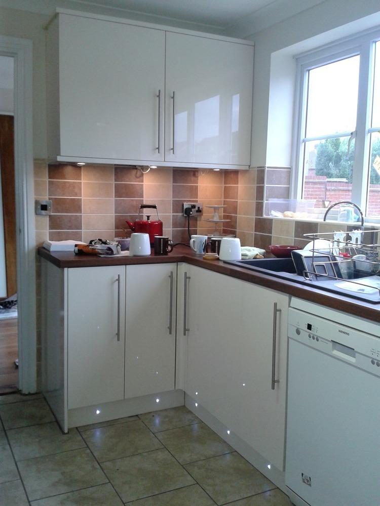 MN General Builder 98 Feedback Kitchen Fitter Bathroom Fitter Tiler In Birmingham