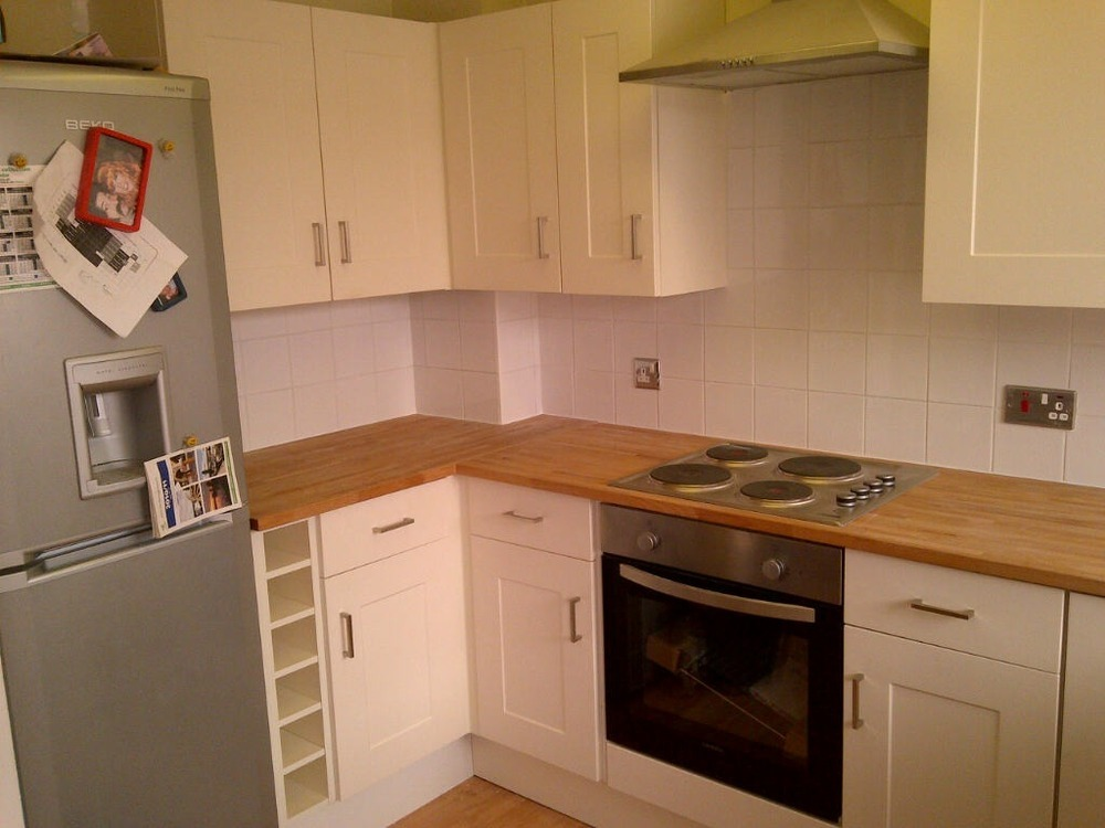 Screwloose 100 Feedback Kitchen Fitter Carpenter Joiner Tiler In Nottingham