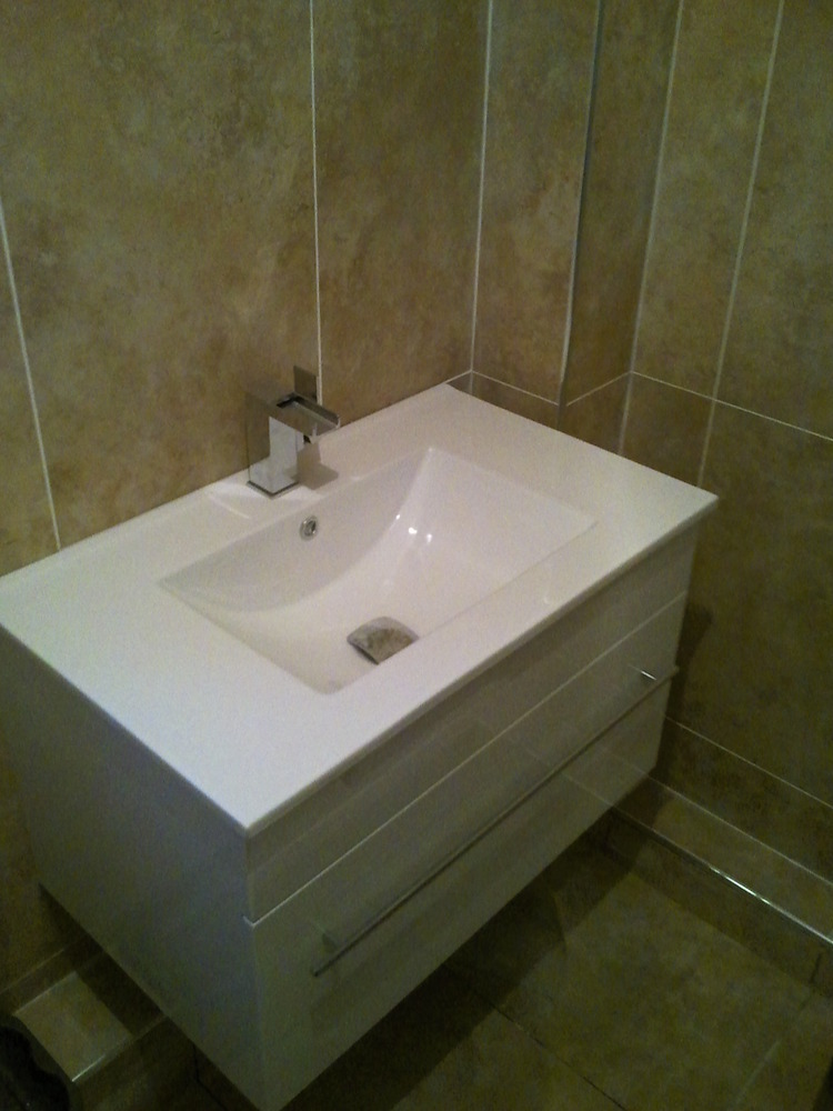 Dynamic Tiling Amp Plumbing 100 Feedback Bathroom Fitter