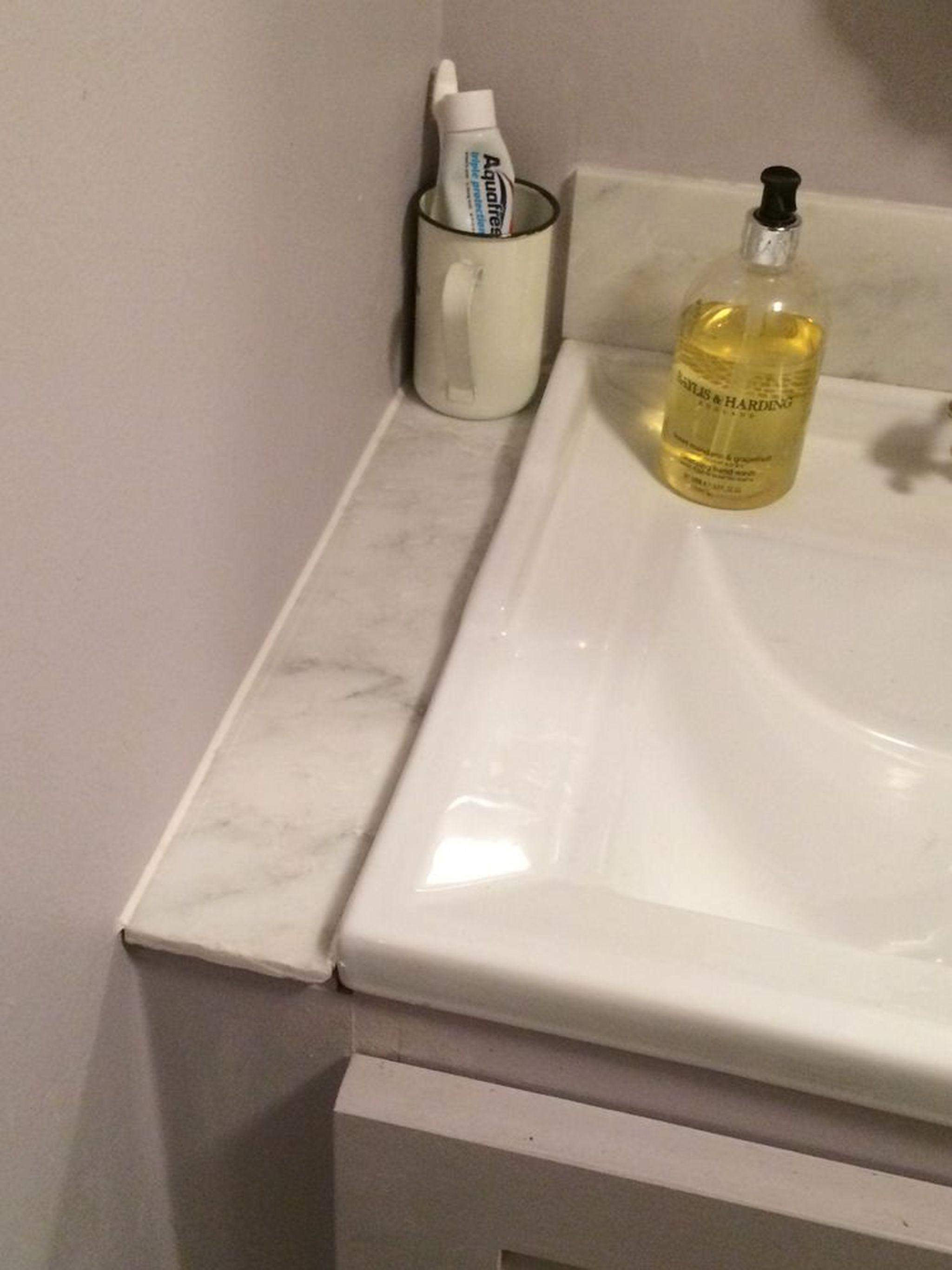 Fit heated radiator in bathroom (plumbing) - Job of the ...