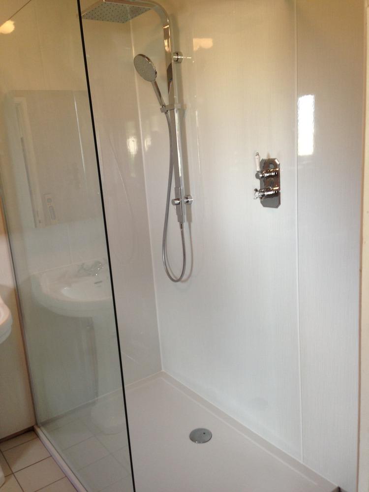 Hot and Cold Plumbing and Heating: 100% Feedback, Bathroom ...