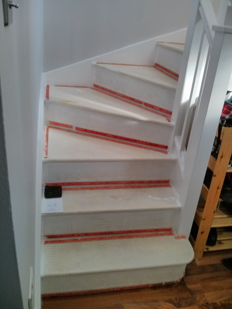 Fit Carpet And Underlay On Landing And Stairs 4mx4m