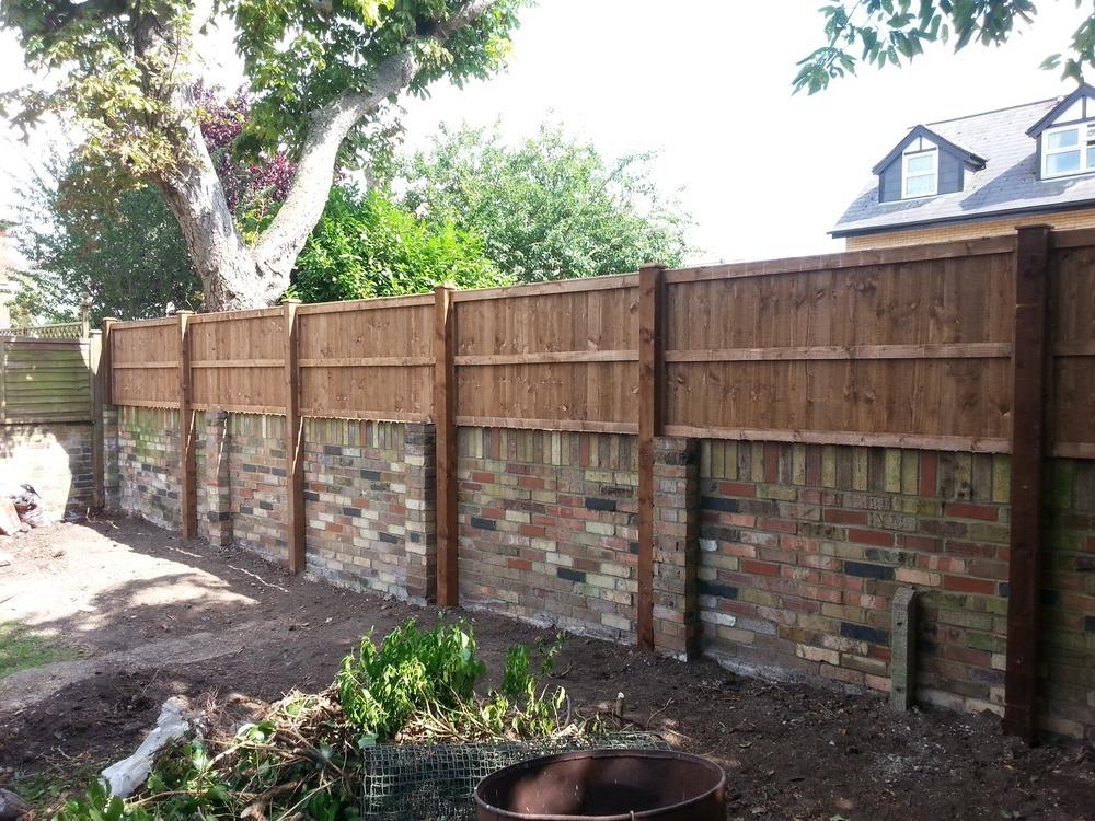 Fencer Landscape Gardener Driveway Paver In Chingford