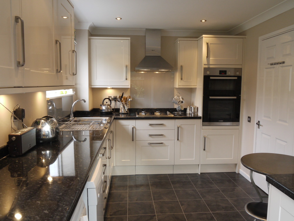 cream kitchen black worktop southwood home improvements ltd 100 feedback bathroom 419