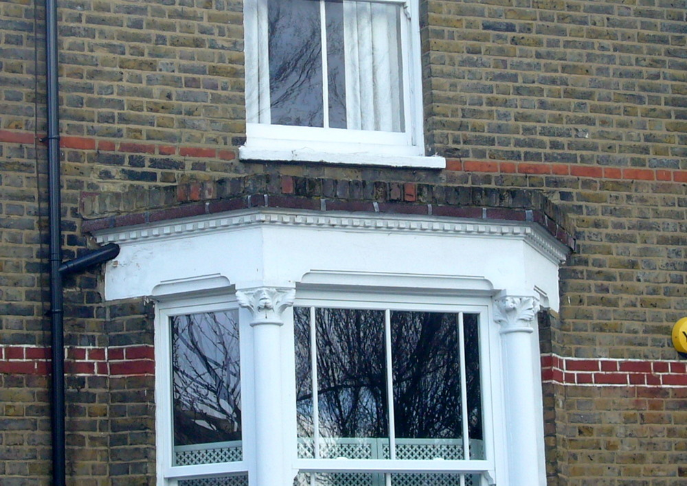 Build A Parapet Roof Over A Bay Window Roofing Job In