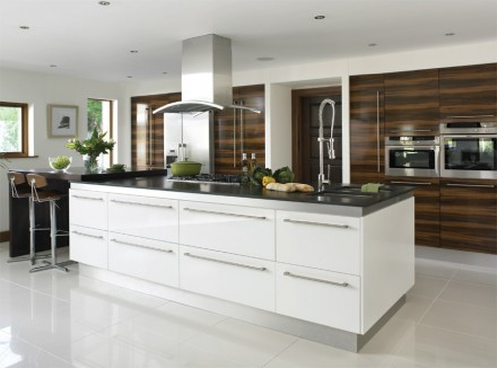 kitchen designer qualifications square kitchens ltd kitchen fitter bathroom fitter in 666