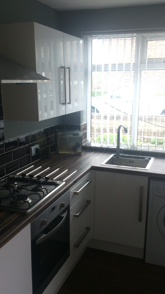 Gt Joinery And Maintenance 100 Feedback Kitchen Fitter