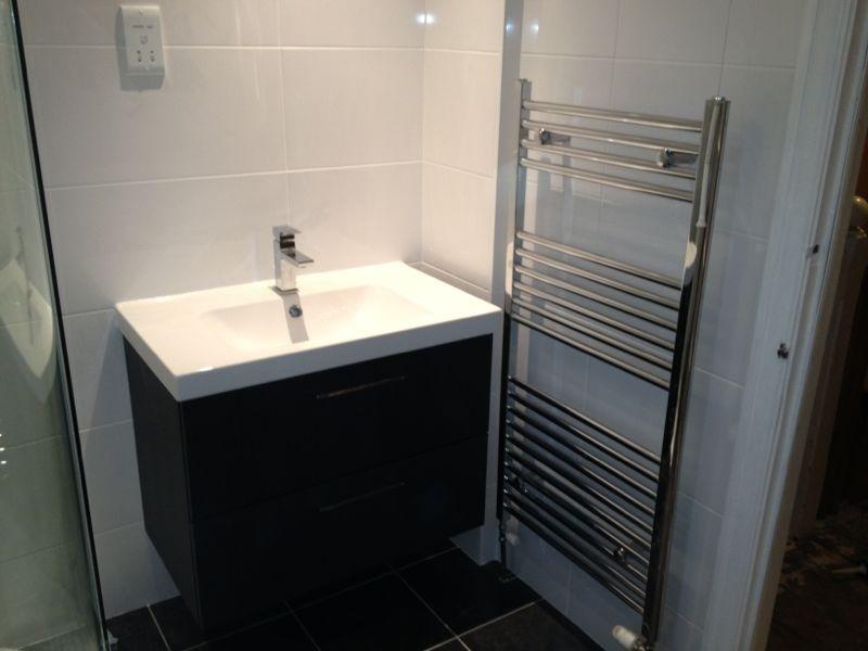 Lighting Basement Washroom Stairs: Mlmorris Plumbing&heating Desgin: 100% Feedback, Bathroom